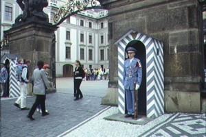 Prague_ChangingGuard