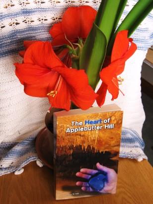 Blog15_DHill_THAH-w-multiple-Amarilis-blooms-1-22-15-010