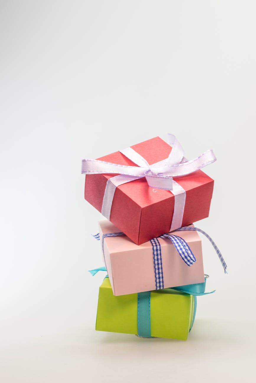 Photo shows a Stack of 3 gift boxes.